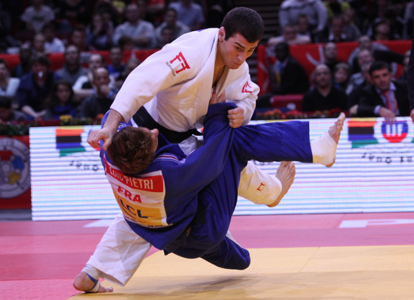 Avtandil Tchrikishvili won Paris Grand Slam